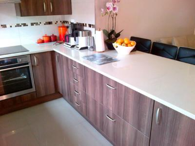 Blue pearl kitchens bedroom and kitchen cupboards for Kitchen cabinets johannesburg