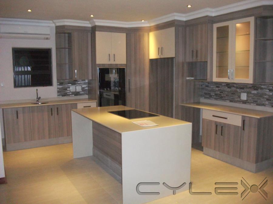 Decca kitchens benoni cylex profile for Kitchen cupboards jhb