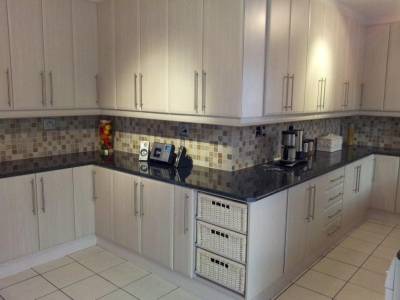 Advanced built in cupboards cape town cylex profile for Affordable kitchens cape town