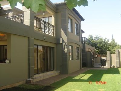 Painting contractors kempton park kempton park cylex - Exterior house paint colours south africa ...