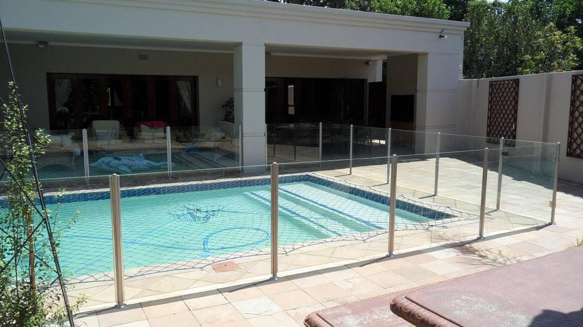Frameless glass company johannesburg cylex profile for Pool design johannesburg
