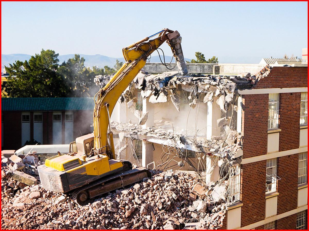 Building 7 demolition comparison essay